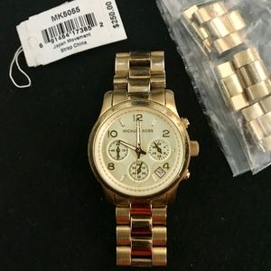 Michael Kors Gold Mid-Size Runway MK5055 Watch